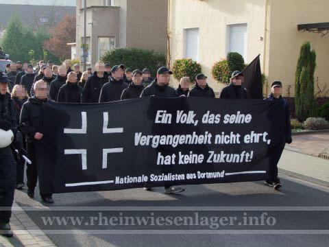 Trauermarsch Remagen 20.11.2010 - Bild 06