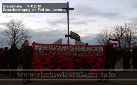 Kranzniederlegung am Feld des Jammers in Bretzenheim am 14.11.2010